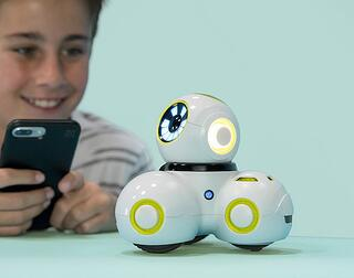 cue_robotics-03d997ebc4cc22e05b494209c176c375.jpg